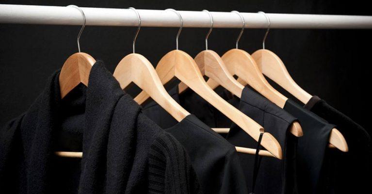como lavar ropa obscura